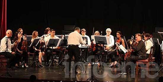 Claudio Céccoli y la Orquesta Sinfónica brillaron en el concierto de la AFO