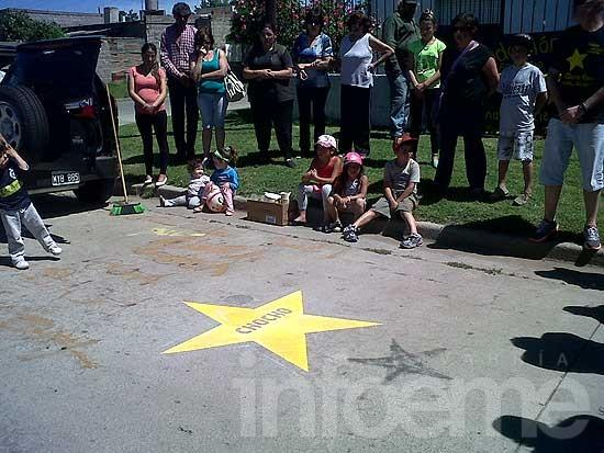 """Pintaron una """"Estrella Amarilla"""" por un hombre fallecido este año"""