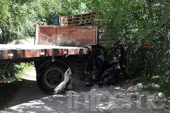 Camionero muere en accidente laboral en acceso a una calera