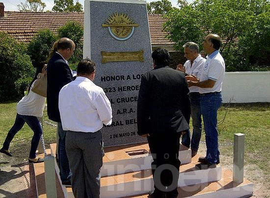 """Inauguraron monumento a """"Héroes del Crucero Belgrano"""""""