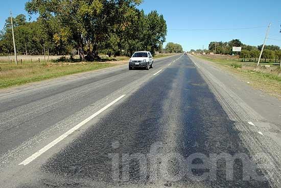 """Armendáriz dijo que la Provincia """"no quiere arreglar la ruta 51"""""""