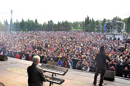 Más de 40 mil personas en otra megafiesta de Olavarría