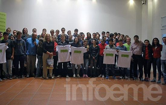 Juegos BA 2013: reconocieron a deportistas y docentes locales
