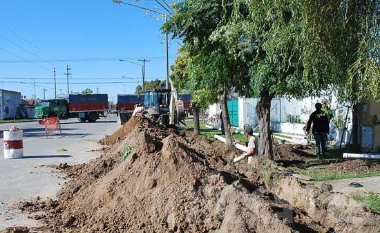 Se libera el servicio de agua en el barrio El Progreso
