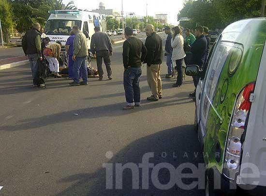 Motociclista resultó herido en choque con una camioneta