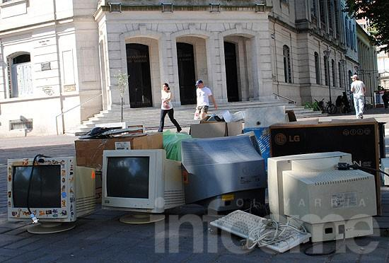 Exitosa recolección de residuos informáticos en desuso