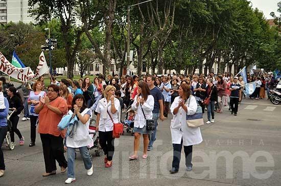 Semana de protestas: pararán docentes, estatales y bancarios