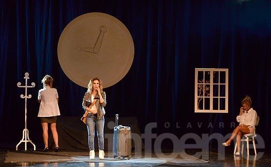 """""""Las Novias de Travolta"""" se presentó en el Teatro"""