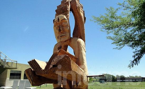 Emplazarán escultura homenaje al conocimiento en Ingeniería