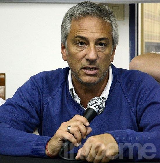 """""""En 2015 habrá operaciones mediáticas para sostener a Scioli y al Gobierno Nacional"""