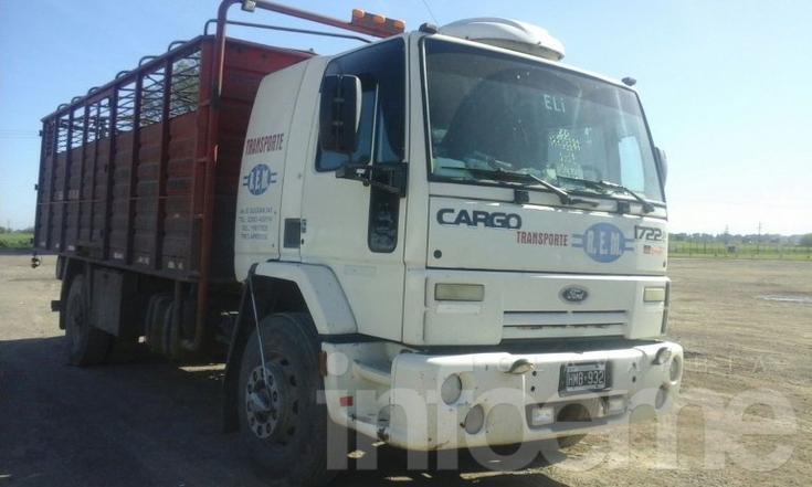 Recuperan un camión que había sido robado en Benito Juárez
