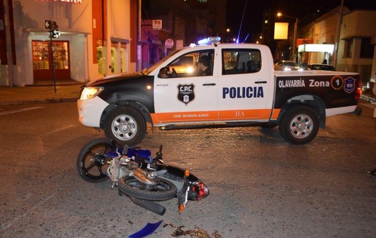 Motociclista herido tras chocar con una camioneta