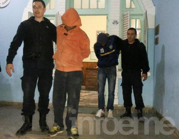 Atrapan a dos jóvenes que robaban en un corralón