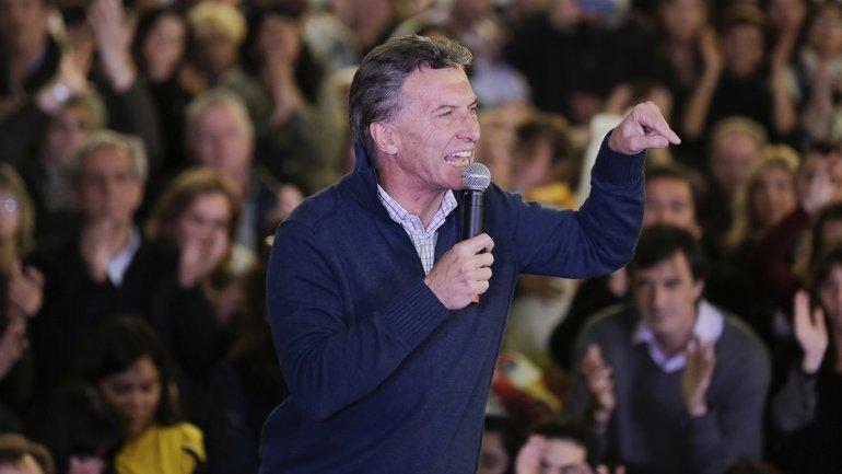 """Mauricio Macri: """"Scioli se sacó el antifaz, me decepcionó"""""""