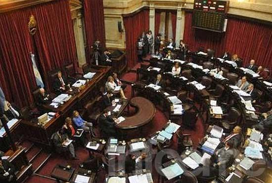El Gobierno prorrogó las sesiones ordinarias del Congreso