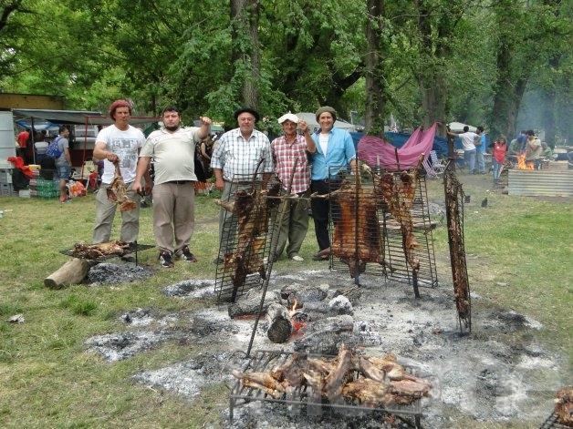 """Fuego, folclore y familia en """"Un Aplauso al Asador"""""""