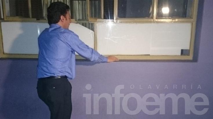 Un intendente tucumano sitiado en su despacho
