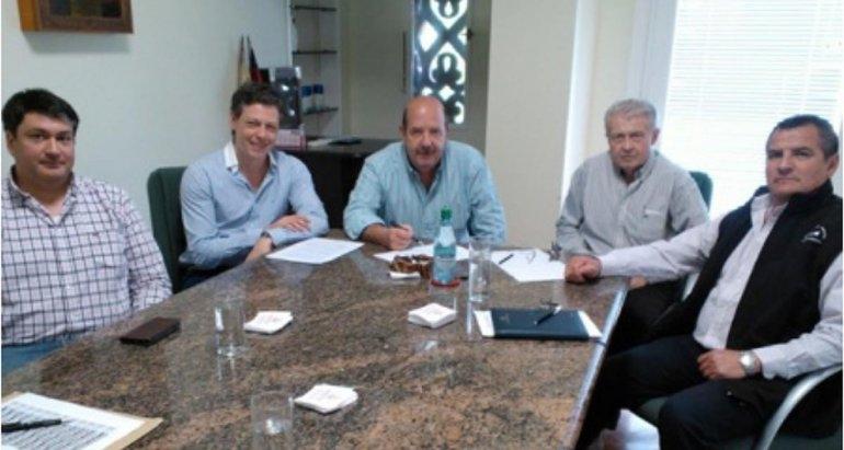 Acuerdo entre Aoma y cementera por francos de obreros