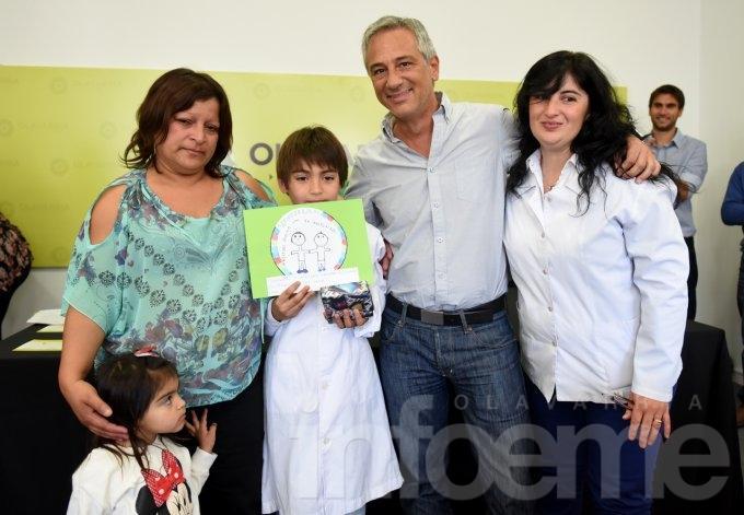"""Un estudiante de Mapis ganó el concurso """"Conocé tus derechos, creá tu logo"""""""