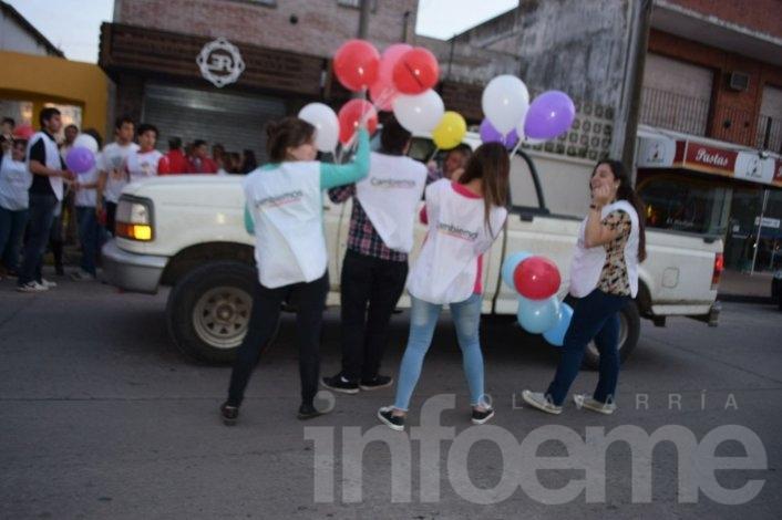 Alegría y festejos en el búnker de Cambiemos