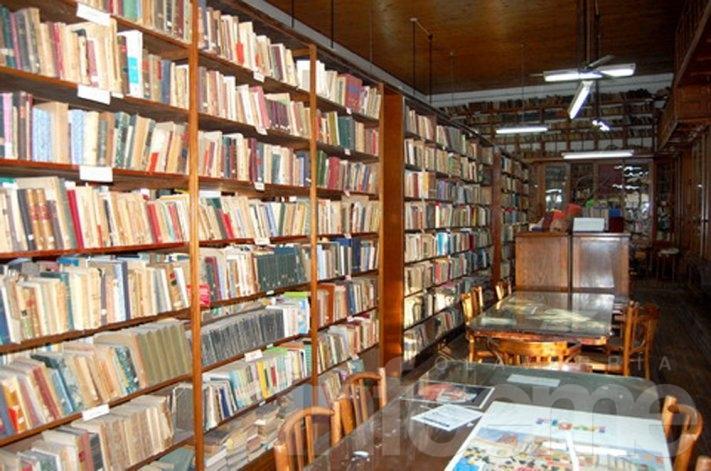 Bibliotecas populares reclaman por deudas de hasta cinco meses