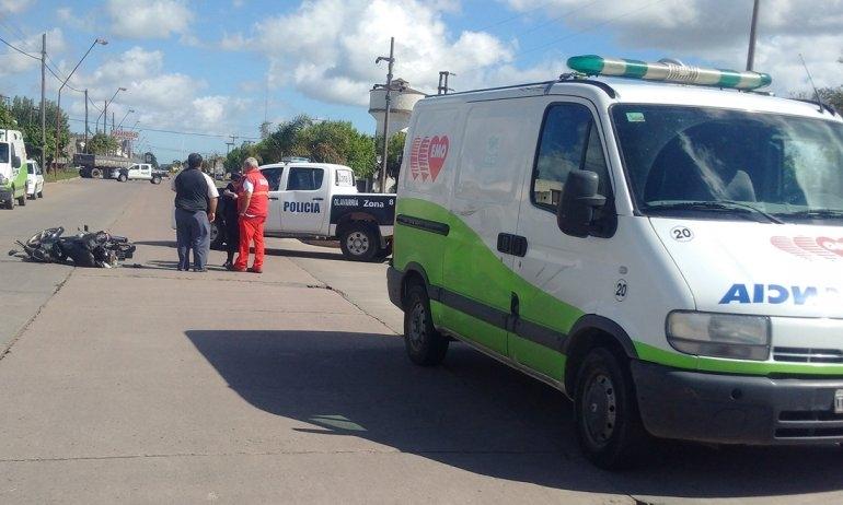 Otra vez una ambulancia protagonizó un choque: un herido