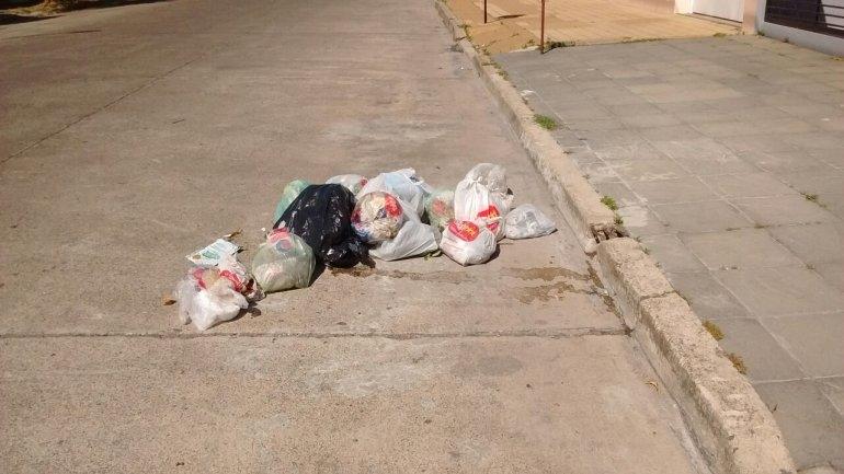 Quejas por acumulación de basura