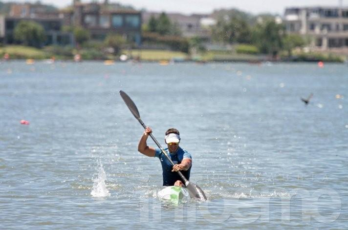 Gran desempeño de deportistas locales en el Campeonato de Canotaje