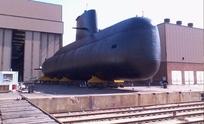 Rastrean por agua y aire al submarino desaparecido
