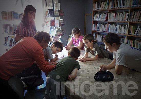 """Cierre del taller literario para niños en biblioteca """"Don Helios Eseverri"""""""