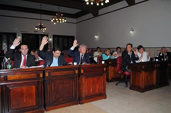 Los nuevos concejales juran esta noche en el recinto