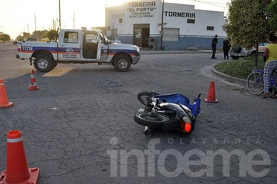 Dos heridos en fuerte choque: la moto tenía pedido de secuestro