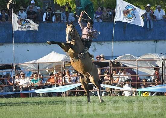 Comienza el Festival de Doma y Folclore de Olavarría