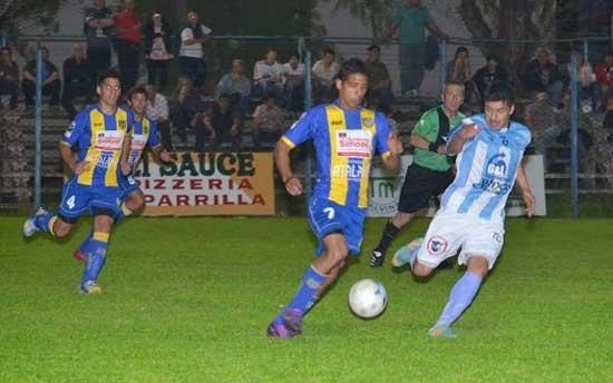 Ferro con todo listo para jugar en La Plata