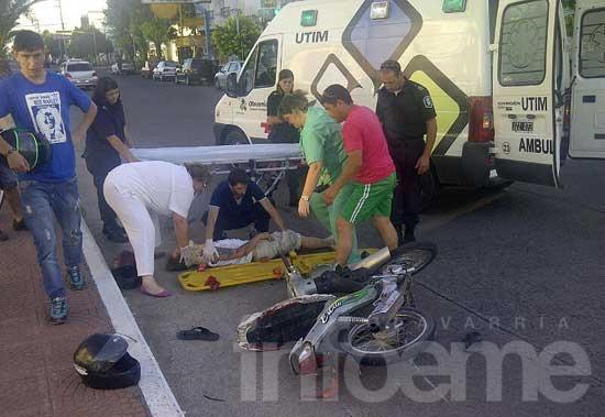 Dos heridos en un choque entre motos