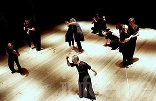 El elenco de danza del Programa de Educación Artística Integrada se presentó en el Teatro Español de Azul