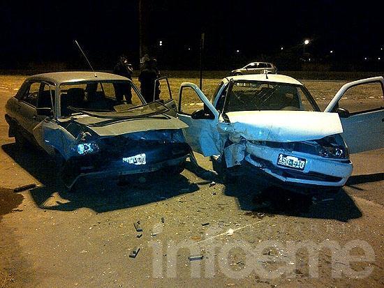 Dos heridos en choque a la altura del puente Emiliozzi