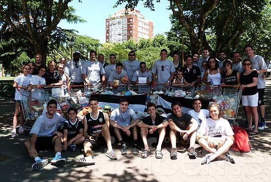La gente de la ciudad colaboró con la cruzada solidaria del Bata