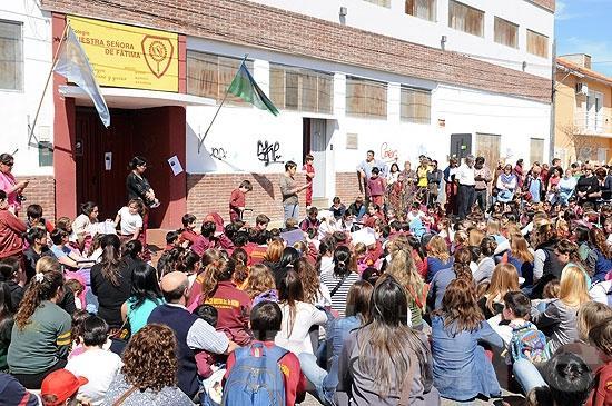 """Conflicto en Fátima: los padres """"siguen esperando respuestas"""
