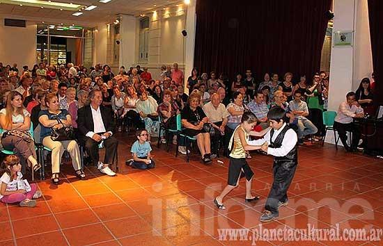 Con gran convocatoria se realizó el Festival por el Día del Tango