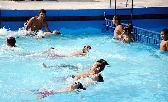 Controles en natatorios y colonias de vacaciones