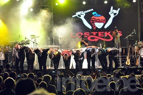 Los Tekis mostraron su magia en el festival