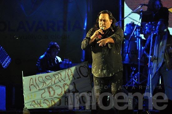 Sergio Galleguillo trajo el carnaval riojano al Festival