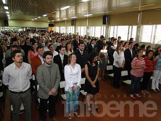 Nuevos graduados recibirán sus títulos en UNICEN
