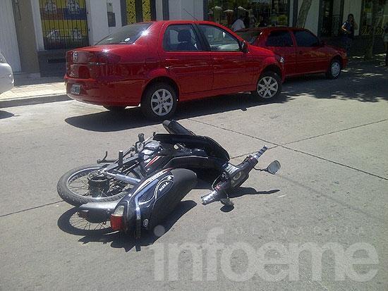 Motociclista con heridas leves en un choque