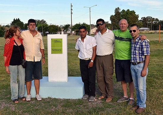 Reconocimiento en barrio AOMA para Hugo César Alves