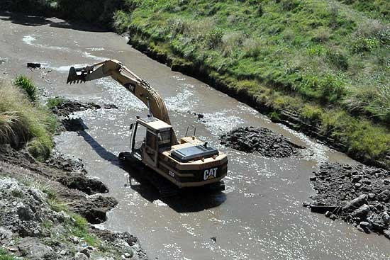 Está en etapa final la obra del arroyo en el Parque Bicentenario