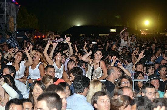 Más de 10 mil personas convocó la mega fiesta sobre la ruta 51