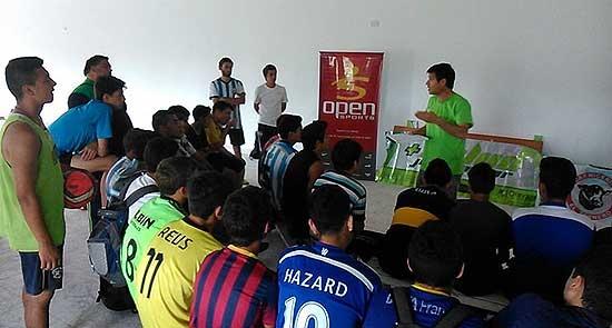 """Juveniles del Club Embajadores se sumaron al programa """"Más Salud, Jugás Mejor"""