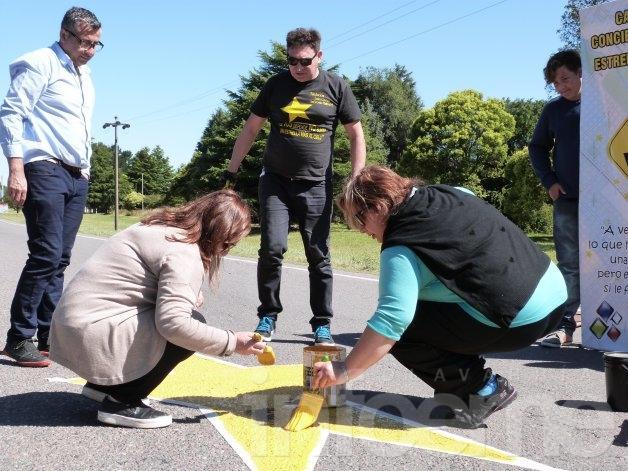 Pintaron la última Estrella Amarilla del 2015 en Barrio Aoma